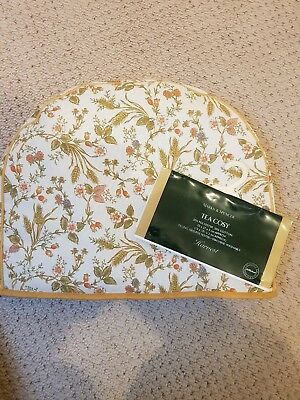 Marks & spencer Harvest tea cosy brand new