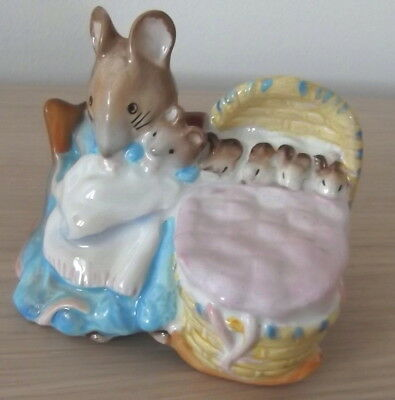 BESWICK BEATRIX POTTER HUNCA MUNCA BP2a GOLD BACKSTAMP