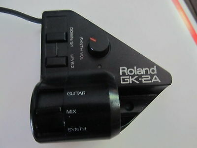 ROLAND GK-2A Divided Guitar MIDI Pickup...EXC COND.