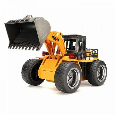 HuiNa Toys 1520 6-Channel 1/14 RC Metal Bulldozer Charging RC Car
