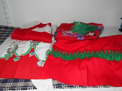 Vintage Christmas Aprons Lot of 4