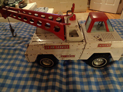 Vintage Nylint Red And White Double Boom A-1 24 Hour Service Tow Truck