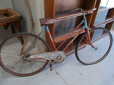 Vintage Malvern Star Roadstar bicycle with Olympic ring badge (all original)