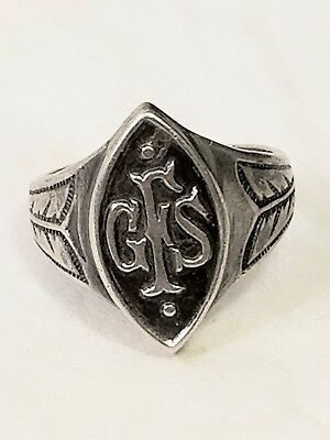 Vintage ~ Very Old GIRL SCOUTS Ring in Sterling Silver~~Ring Size 3