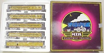 MTH 20-4031 UP 5-Car 70' ABS Madison Passenger Set NIB