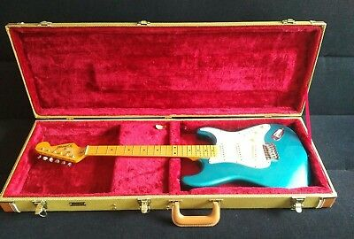 Richwood stratocaster type used guitar plus deluxe Gator carry travel case.