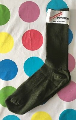 new oldstock mens Vintage 1970s socks In Forest Green By Triumph