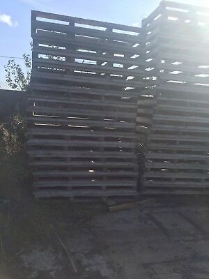 Large Heavy Duty Wooden Pallets