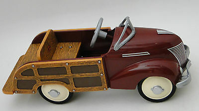 A Pedal Car Woody Ford Wagon T 1930s Woodie Hot Rod Vintage Midget Metal Model