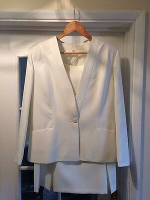 Ladies Two Piece Cream Suit Size 16