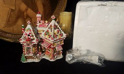 Dept 56 North Pole Series Christmas Sweet Shop #56791 mint Condition