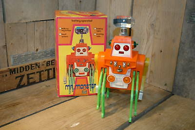 Play Value Hong Kong - Mr. Monster Space Robot with Original Box    Working !