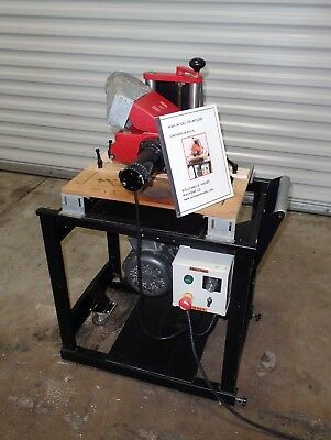 """Williams & Hussey Molder Planer 7"""" Single Phase 2hp with Variable Speed Feed"""
