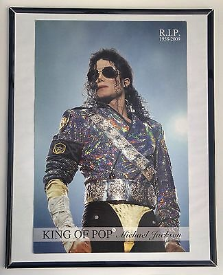 Micheal Jackson  12 x 18 Poster in (16 x 20)  Poster frame