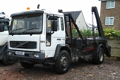 2002 Volvo FL6 220 extending arms Skip Loader / Lorry / Truck