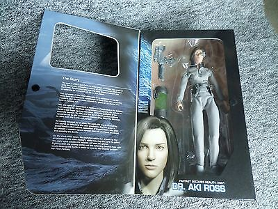"Final Fantasy - AKI ROSS - 12"" Action Figure Doll MIB (The Spirits Within)"