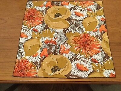8 Vera Neumann napkins, Fall Foilage Beautiful. Hidden signatures! 16""