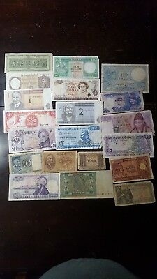 lot of 20 assorted foreign bank notes