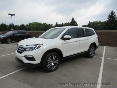 2017 Honda Pilot EX-L w/Navigation AWD EX-L w/Navigation AWD New 4 dr SUV Automatic Gasoline 3.5L V6 Cyl White Diamond