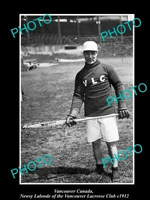 OLD LARGE HISTORIC PHOTO OF VANCOUVER CANADA, THE VLC LACROSSE CLUB PLAY c1912