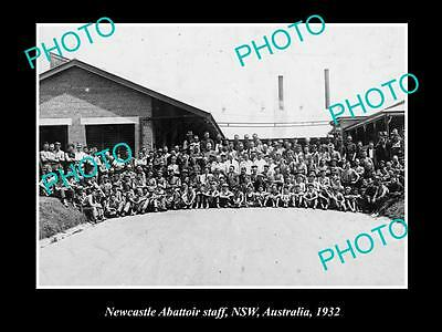 OLD LARGE HISTORICAL PHOTO OF THE NEWCASTLE ABATTIOR STAFF c1932, NSW