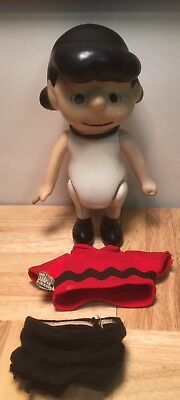 Vintage Lucy - Peanuts  Figurine Pocket Doll United Feature Syndicate 1966