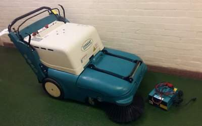 Tennant 3640 Heavy Duty Floor Sweeper, 43 Hours, Serviced