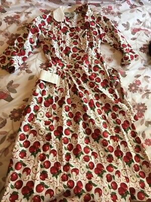 Vivien Of Holloway Apple Print Wrap Dress Size Small