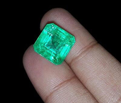 Wonderful Square Shape 11.17 Ct Natural Certified Colombian Emerald