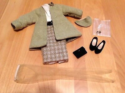 """Tonner Tiny Kitty """"10th Avenue Style"""" Outfit   New"""