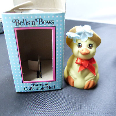 Collectible Giftco Bells n' Bows CUTE DUCK Christmas Ornament Ceramic Bell (b22)