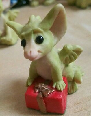 Whimsical World of Pocket dragons IT'S A PRESENT 1994