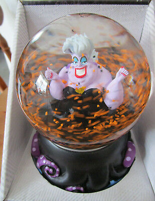 Disney' Villain Ursula Sea Witch Musical Snomotion Globe