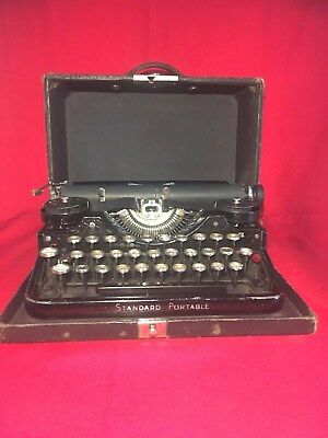 underwood  Standard portable typewriter rare 1920 vintage working naked lunch