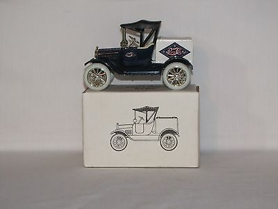 1918 Runabout Bank Pepsi Cola #3 in The Pepsi Series Old Stock New Car Very Nice