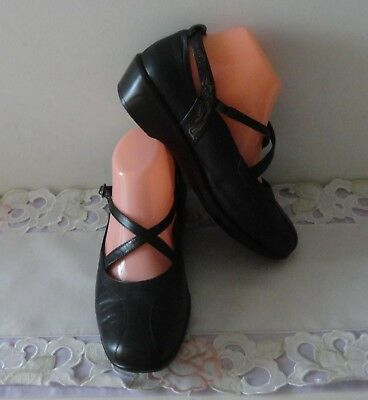 SHOES / SANDALS - Kumfs / ZIERA - Leather - Black - MJ Style - 38 XW - As NEW