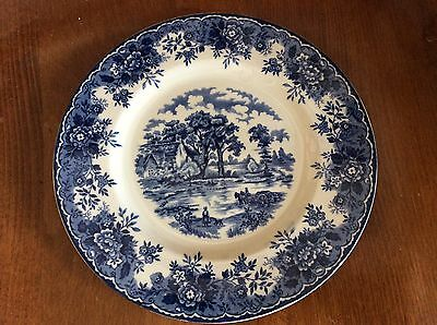 Alfred Meakin Staffordshire Blue and White Plate 'Edinburgh' Design