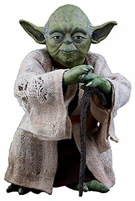 Hot Toys Movie Masterpiece Yoda Star Wars The Empire Strikes Back Action Figure