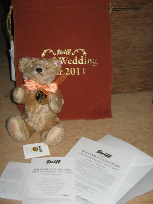 Steiff Royal Wedding LE Jointed Teddy Bear William & Catherine certificates