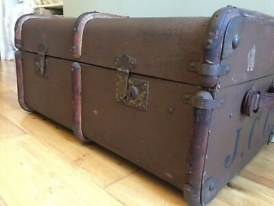 VINTAGE TRAVEL TRUNK Steamer Cabin Chest 1940s Brown 71x46cm Tan Leather Handles
