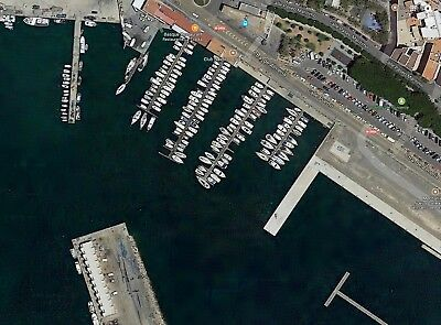 Boat Mooring In Spain 8 By 4 Meters