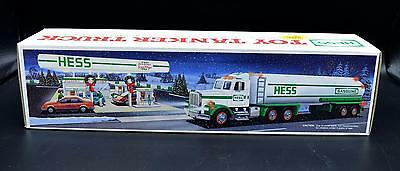 New Hess Gasoline 1990 Toy Tanker Truck In Box