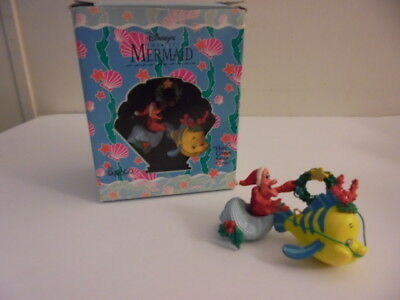 """Disney's the Little Mermaid """"Here Comes Santa Claws"""" Limited Edition Ornament A+"""