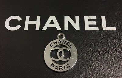 LOT OF 1 CHANEL SILVER TONE METAL CC LOGO BUTTON , CHARM, ZIPPER PULL For BAG
