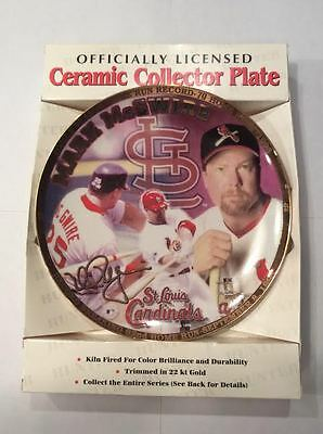 BUSCH STADIUM Mark McGwire - Officially Licenced Ceramic Plate