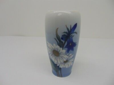 Vintage Royal Copenhagen Bluebells and Daisies # 2651/235 Porcelain Vase