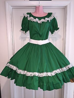 Square Dance 2 PC Ladies Green Top & Skirt- Small