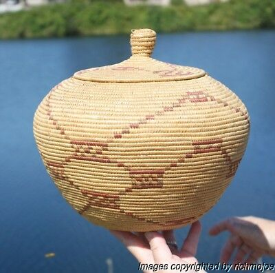Very Fine Large Old Northern Alaskan Yupik Eskimo Hooper Bay Basket Circa 1900