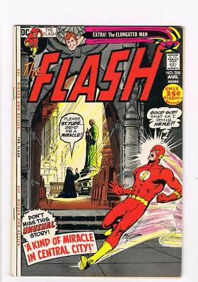 Flash # 208 A Kind of Miracle in Central City ! grade 8.0 scarce book !!