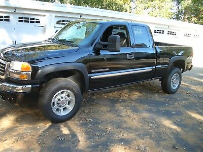 2006 GMC Sierra 2500 LS 2006 GMC SIERRA 2500HD 8.1 BIG BLOCK  4X4 STUNNING BLACK